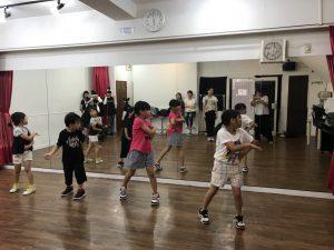 子供ダンス